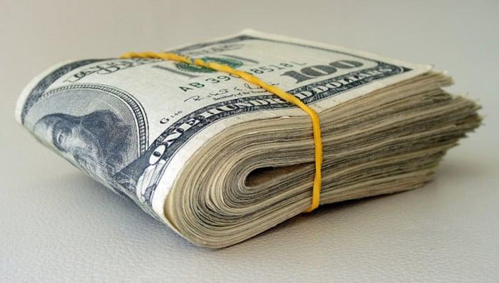 Perlengkapan Study Tour Membawa Uang