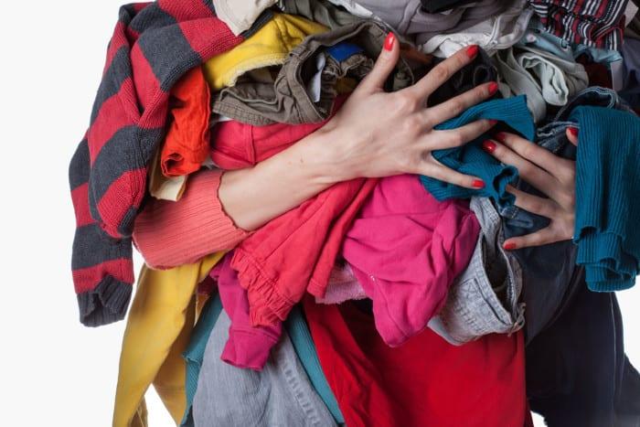 Perlengkapan Study Tour Membawa Pakaian