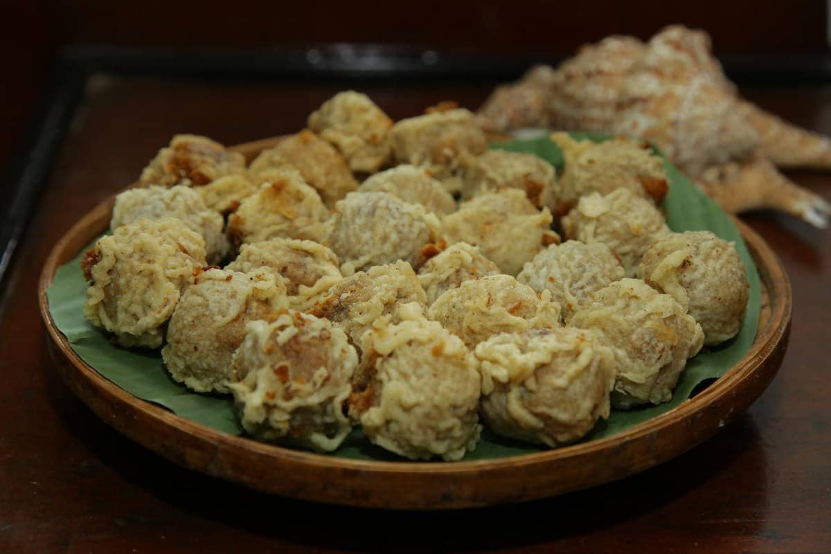 gambar makanan khas gorontalo Kue Popolulu