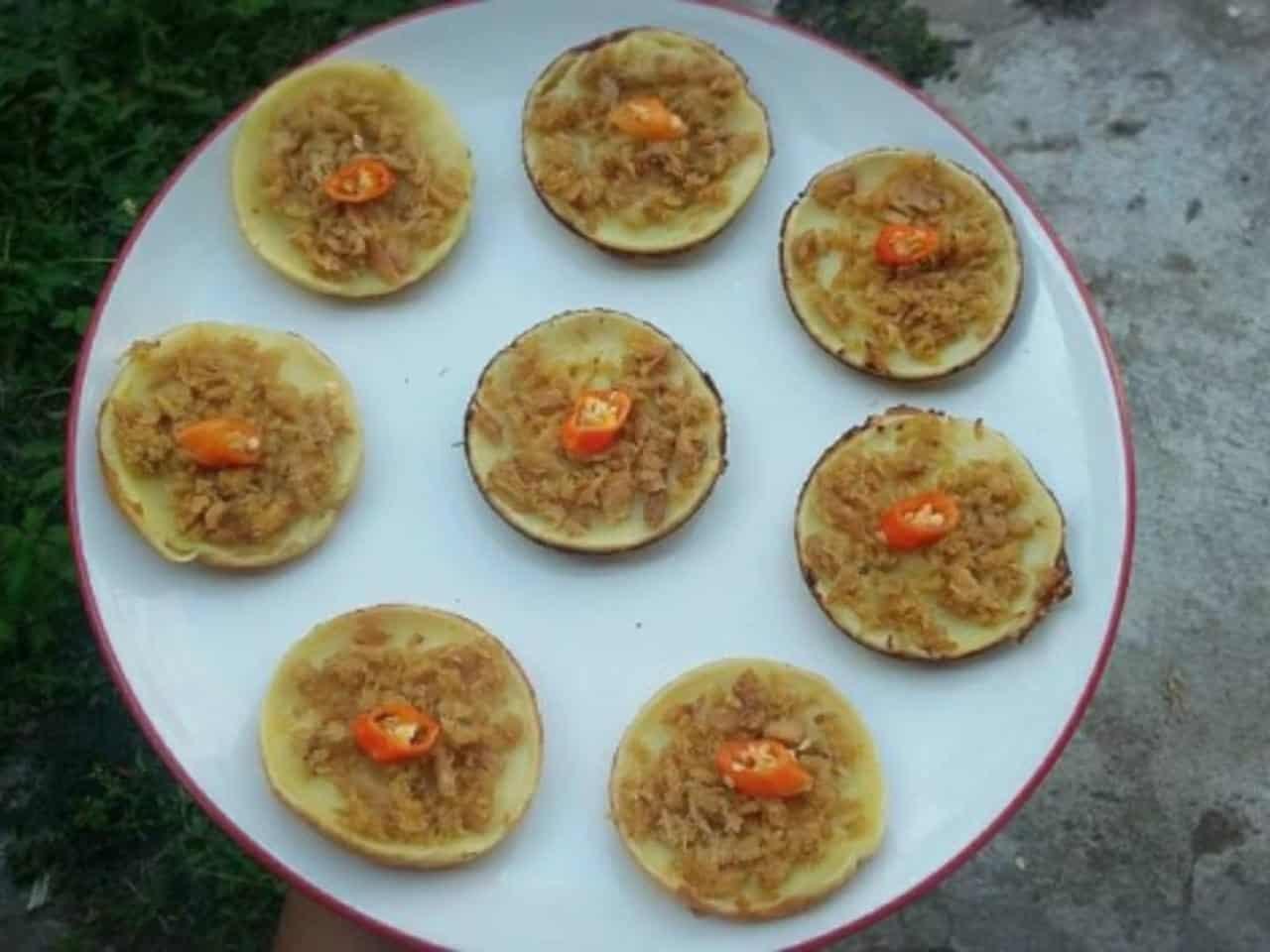 gambar makanan khas gorontalo Kue Cara Isi