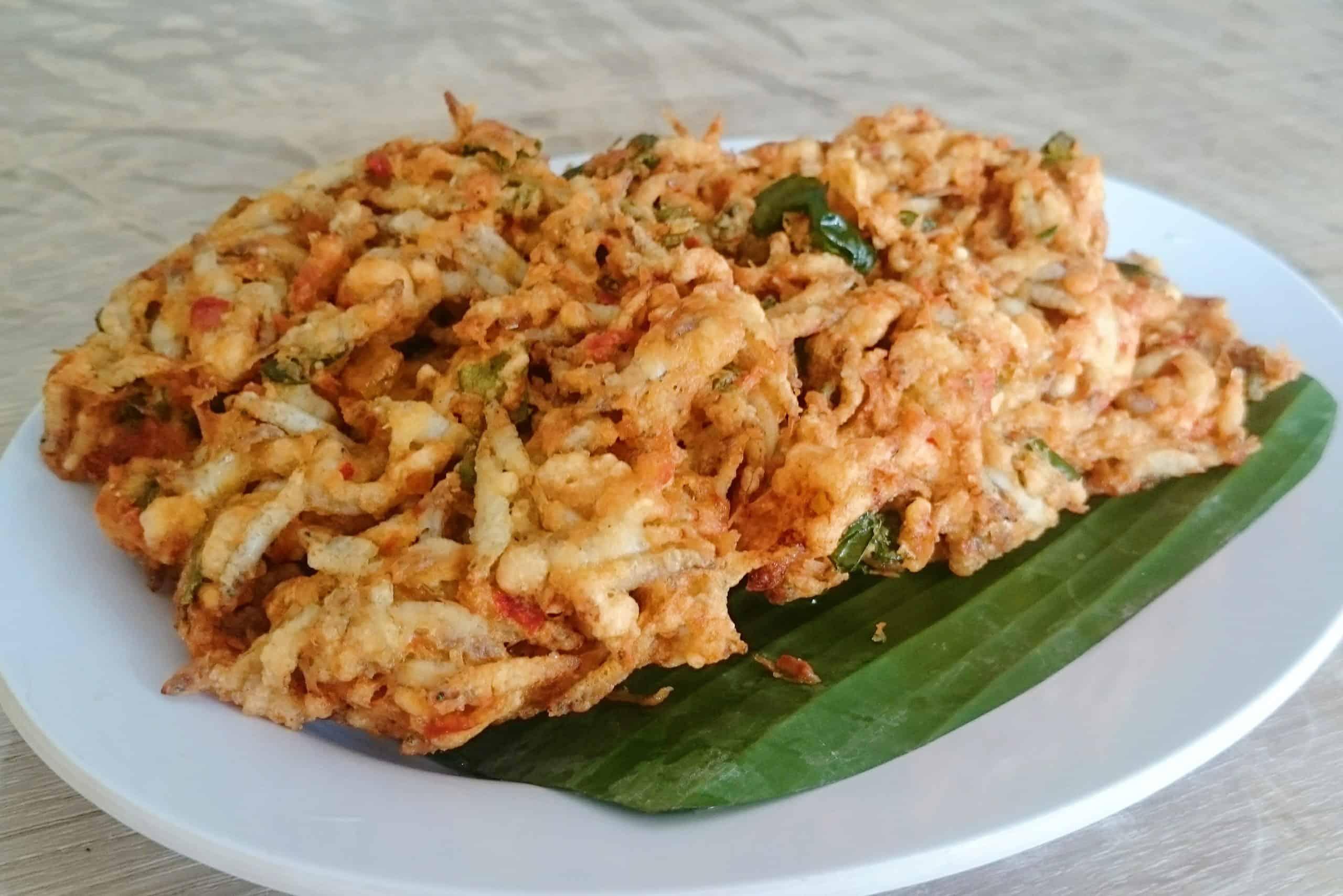 gambar makanan khas gorontalo perkedel nike