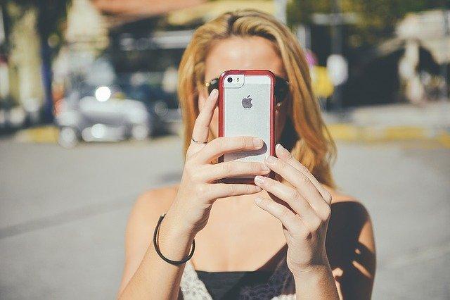contoh USP bisa ditemukan pada iPhone