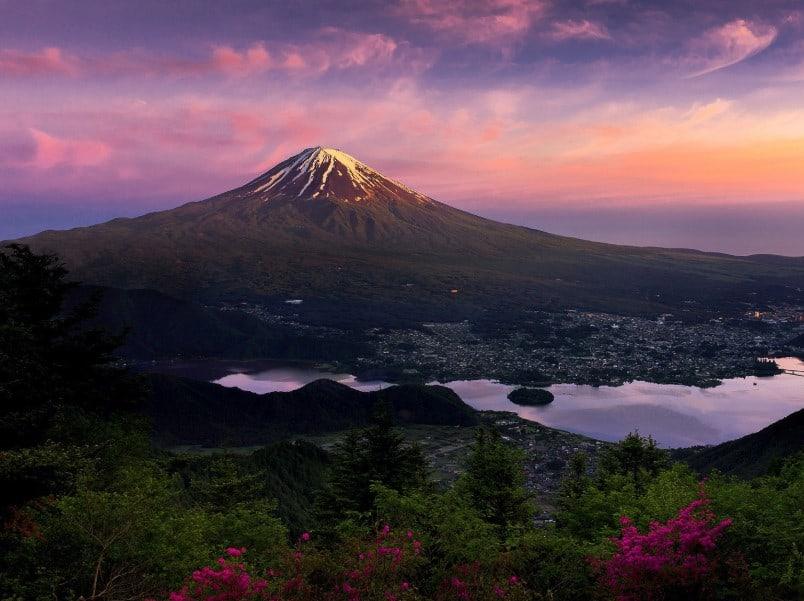 Gambar Pemandangan Gunung Fuji Sore Hari