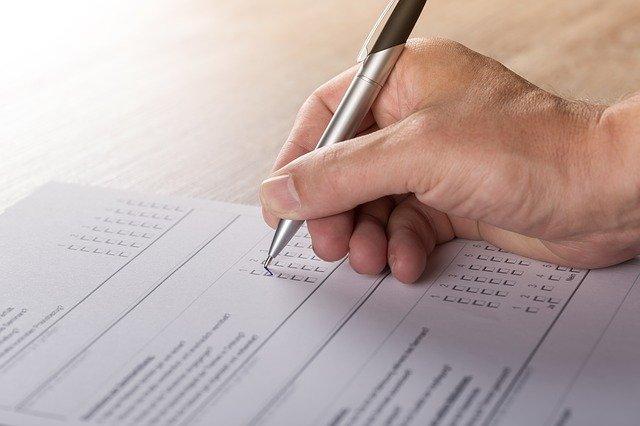 Menjadi pengisi survey online merupakan salah satu peluang usaha sampingan di rumah