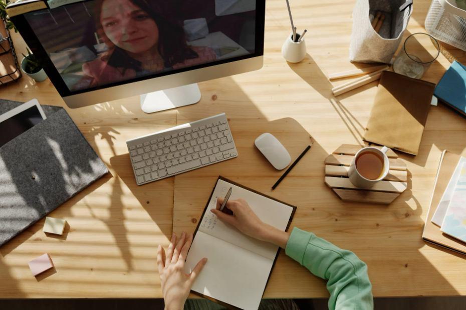 kerja online tanpa modal sebagai tutor online atau guru private